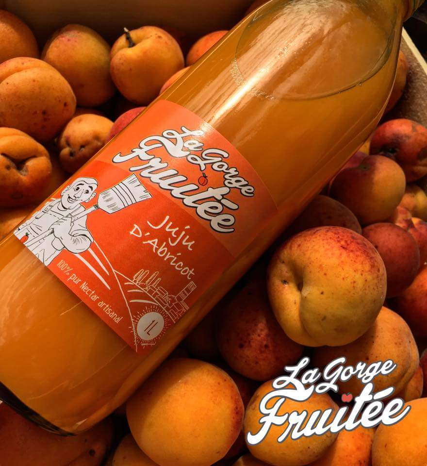 le nectar d'abricot rentre dans la composition du cocktail alcool Le Caneton