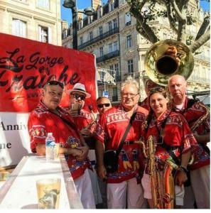 La Pénia Bienvenida a lancé les festivités à côté de notre bodéga © La Gorge Fraîche