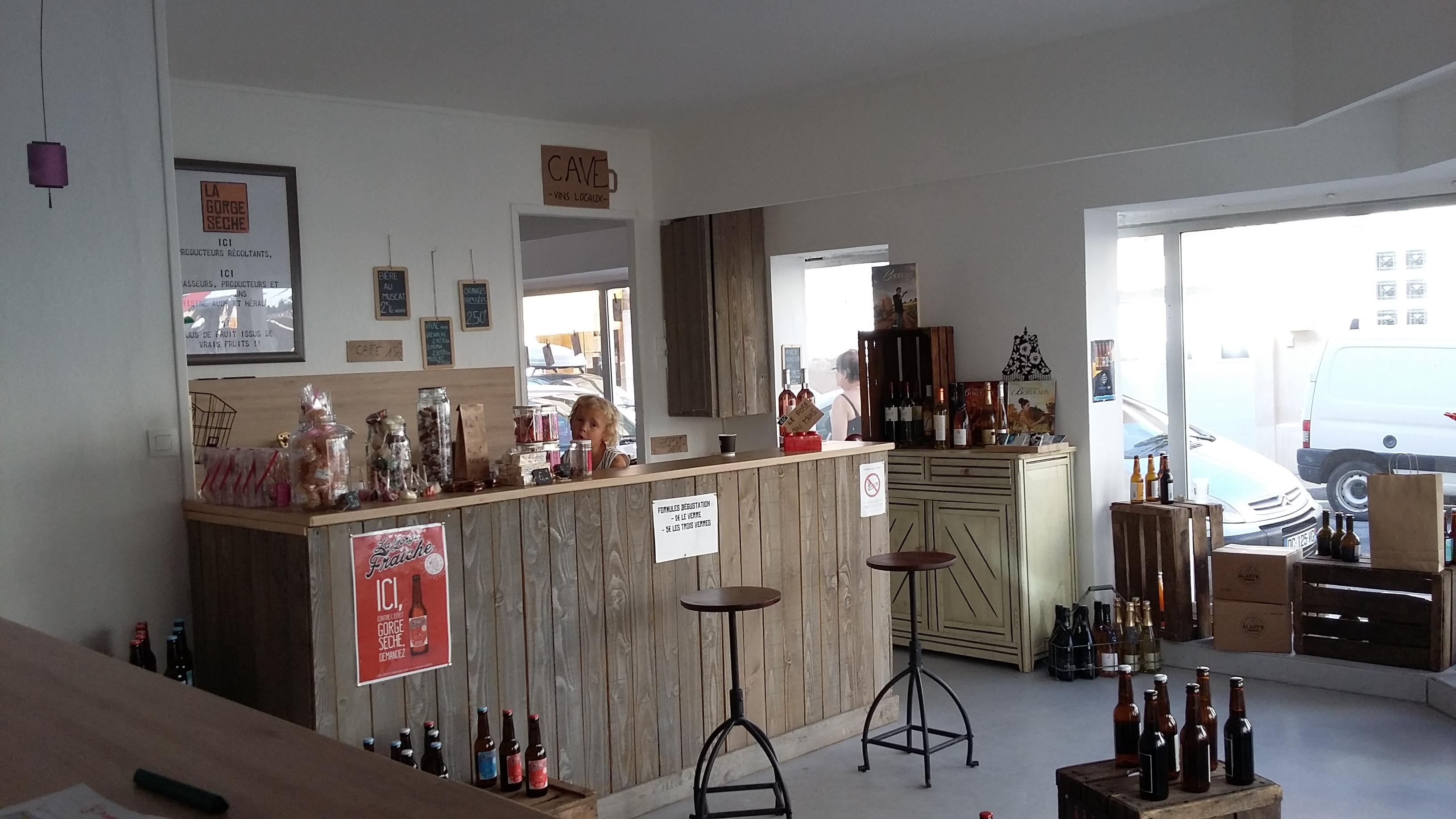 Vous trouverez notre bière artisanale à Valras-Plage dans la superbe boutique de Mélanie Weber