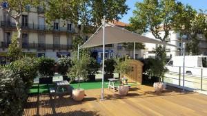 La terrasse de la superbe brasserie à Béziers